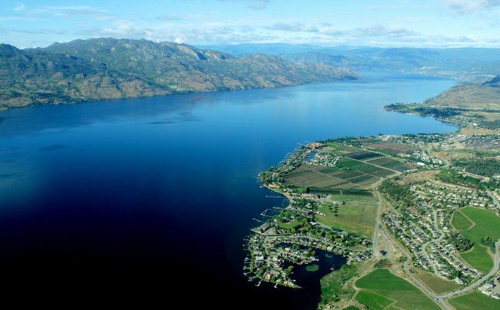 West Kelowna Lake & Vineyards 20 min. Helicopter Tour
